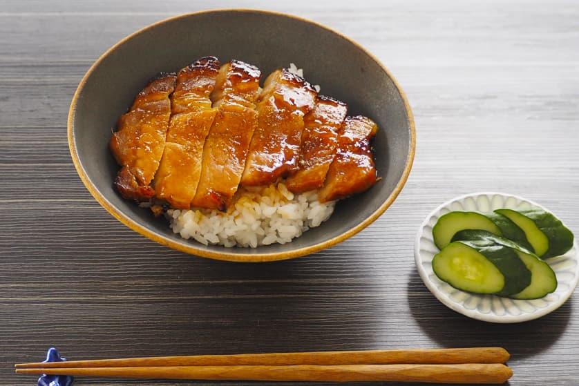 豚ロース肉で作る 土用の丑の日かば焼き丼