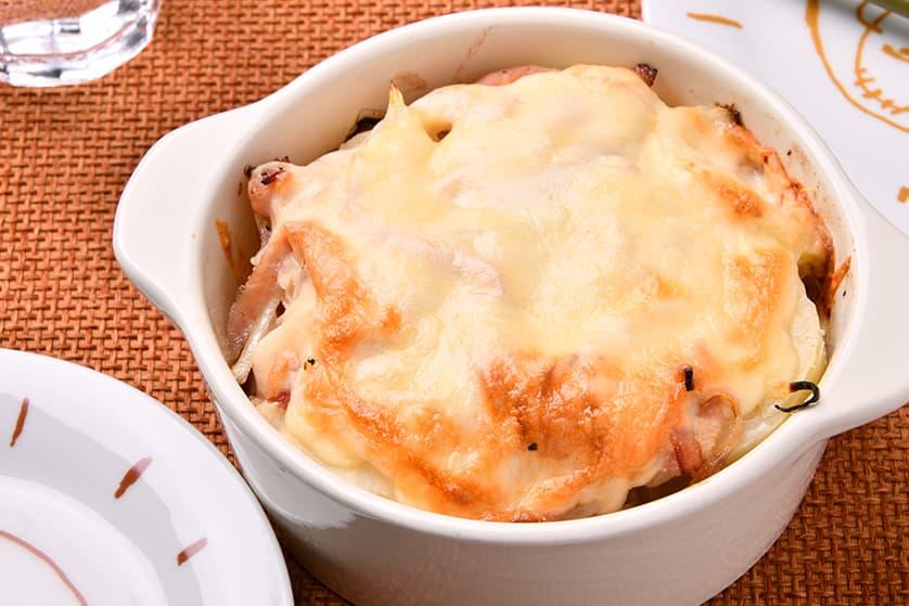 厚切りロースハムとじゃがいものほっこりチーズ焼き